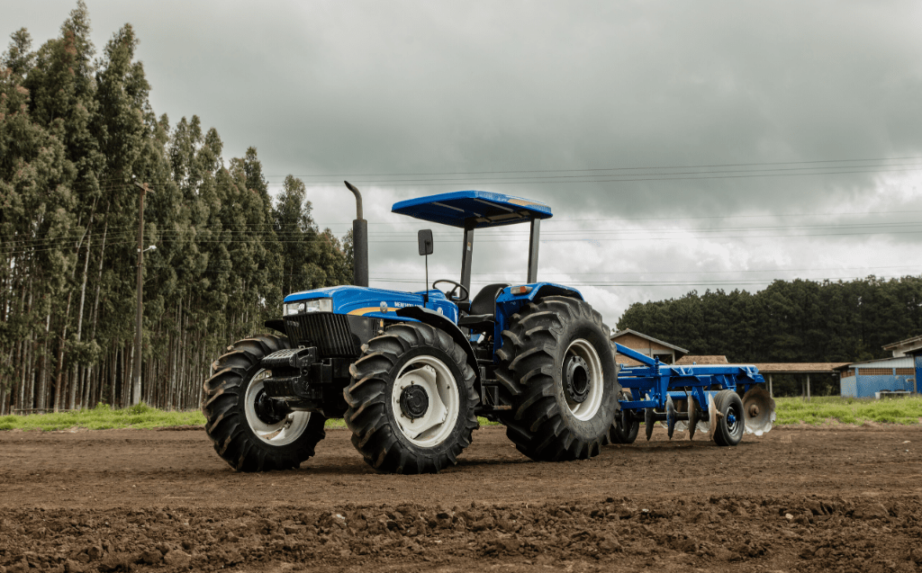 New Holland 6630